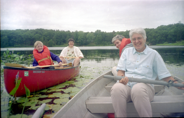 1997 Wisconsin Lake Spector and group web1 Pioneer of a different way of working—Janet D. Spector, 1944 2011